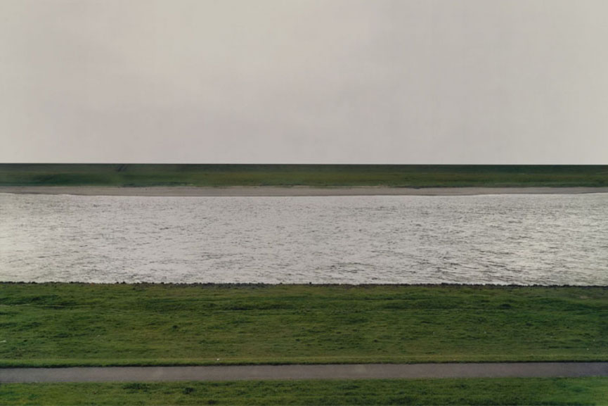 Andreas Gursky Rhein I 1996